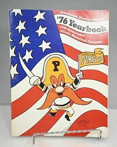 1976 Pittsburgh Pirates Yearbook
