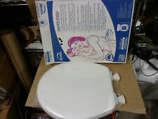Bemis Easy Clean White Round Front Potty Training Quiet Slow Close Lid Toddler