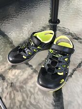 The North Face Boys Kids Sandals Size 5 EUC black & Bright Yellow Summer Shoes