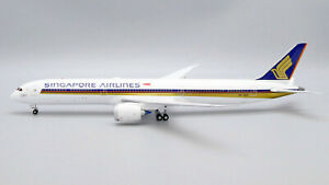 Singapore Airlines Boeing 787-10 9V-SCP 1000th 787 JC Wings EW278X003 1:200
