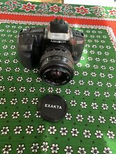 Minolta Dynax 300si mit Exakta Objektiv Spiegelreflexkamera