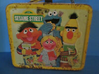 Sesame Street Big Bird Grover Oscar vintage retro metal lunch box