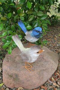 AUSTRALIAN BLUE WREN MALE & FEMALE BIRD ANIMAL GARDEN STATUE ORNAMENT FIGURINE