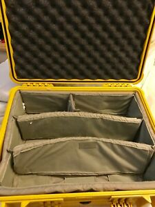 Pelican 1550 Yellow case with dividers