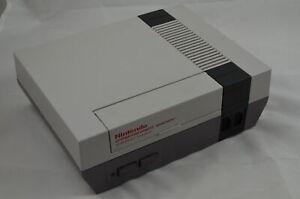 Nintendo NES Konsole Ersatzgerät (sehr gut) #1008