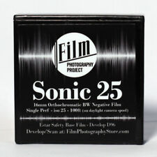 16MM FILM - SONIC25 BW NEGATIVE 25 ISO - 100 FT (30m) SINGLE PERF - FRESH