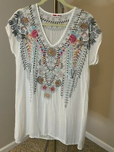 Johnny Was Embroidered Tunic Size Small
