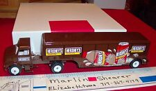 HERSHEY'S CHOCOLATE DRINK TRACTOR AND BEVERAGE TRAILER  WINROSS TRUCK