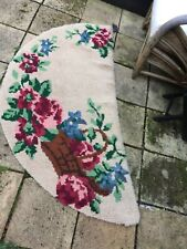 "HAND HOOKED SEMI CIRCULAR 100%WOOL TRADITIONAL RUG  28"" X 58""  country roses"