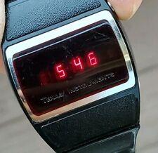 VINTAGE 1976 TEXAS INSTRUMENTS DIGITAL RED LED DIAL CALENDAR WATCH Series 500