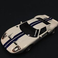 FORD GT40 BLANCHE AVEC BANDES BLEUES - GT 40 - 1/43 IXO COLLECTION SPORT CAR