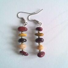 Boucles d'oreilles pendantes petits galets en perles marron 3.5cm de long BPE170