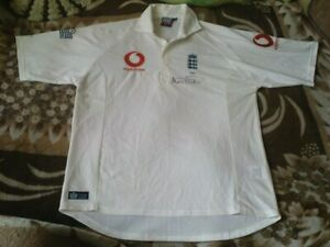 RARE CRICKET SHIRT - ENGLAND ASHES 2005 NUMBER 543 AS SIGNED SIZE L
