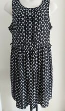 Ladies summer DRESS black white size 18 summer shift casual FREE POST