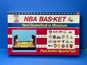 Vintage Cadaco NBA Bas-Ket Miniature Basketball - 1983 Board Game #167