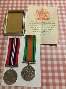WWII Defence Medal and War Medal 1939 - 45 with box (M360)
