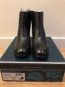 "NIB Seychelles Black Leather ""Footlights"" Booties In Size 7"