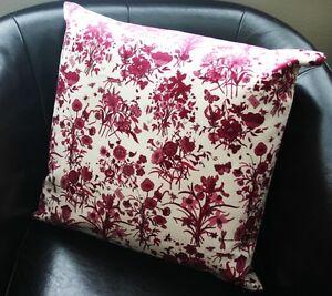 "NEW Authentic GUCCI FLORA floral Decorative Pillow 13"" White and Purple"