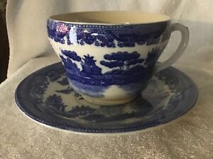 Blue willow pattern Oversize Cup and Saucer  MUSH OR SOUP  Japan