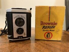 BROWNIE REFLEX SYNCHRO MODEL EASTMAN KODAK CAMERA VINTAGE 1950s With Box