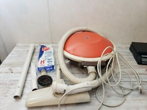 Great Working HOOVER Celebrity Vacuum S3121 With Attachments ~ Flying Saucer