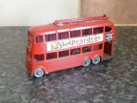 VINTAGE MATCHBOX LESNEY 1-75 SERIES No.56A LONDON TROLLEY BUS PEARDRAX/OXO
