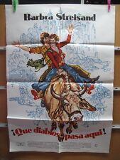 736      QUE DIABLOS PASA AQUI BARBRA STREISAND