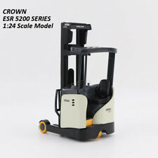 CROWN ESR 5200 Series 1:24 Scale lift truck model Collection