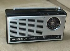 RETRO VINTAGE COLLECTIBLE MEISTERTON 9 TRANSISTOR PORTABLE FM AM RADIO W/CASE