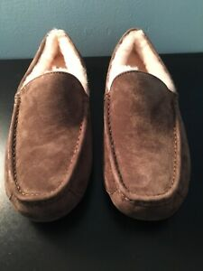 UGG Mens Ascot Brown Suede Wool Lined Moccasin Slippers Sz 9 NEW