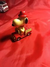United Feature Syndicate Vintage 1966 Peanuts Snoopy Fire Truck Die Cast Car Euc
