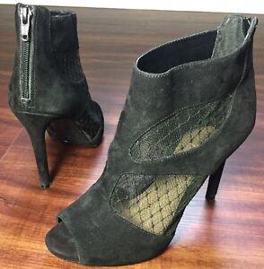 Gianni Bini Lace Black Suede  Ankle Peep Toe Shoe Heels Sandals Women's  Size 8