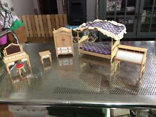 Tomy Smaller Homes Doll House Furniture Bedroom set Lot A