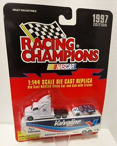 1997 Edition Nascar Racing Champions 1:144 Die Cast Replica Stock w/ cab Trailer