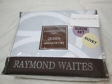 New Raymond Waites Bridge Full/Queen Duvet  & Shams Set - Grey and White NIP