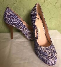 Purple snake skin fabric classic pumps ladies shoes size 8 - 9 M Madison