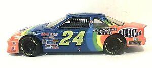 VTG 1992 Jeff Gordon Racing Champions 1/24 DUPONT Chevrolet Lumina Race Car