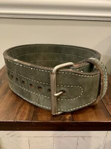"""Vintage 1980s Heavyduty Leather Weightlifting Belt Single Prong 40"""" Long Green"""