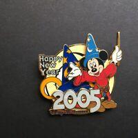 WDW Happy New Year 2005 MGM Studios Sorcerer Mickey LE 2000 - Disney Pin 35705