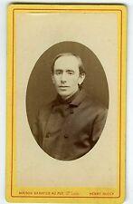 PHOTO CDV Henry au Puy un prêtre à identifier curé pose religieux vers 1880
