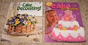 LOT OF 2 WILTON CAKE DECORATING YEARBOOKS~~1997 & 1998~~GOOD FOR AGE