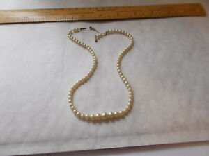 VINTAGE PEARL NECKLACE WITH 9 CARAT GOLD CLASP STAMPED CIRO 9Ct.