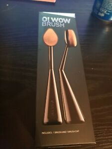 Cailyn Cosmetics O! WOW Double Brush