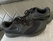 Youth  Nike Shoes Black  Size 5.5 Y Great