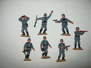 Timpo Germans 2nd series 7 in all 7 poses Exc/cond on sand ground bases.