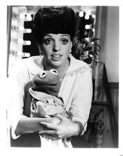 Minnelli, Liza - Signed Photograph