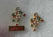 2 Pins Football World Cup Italia 1990 . Mars