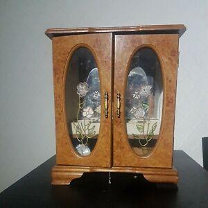 Large jewellery box wooden