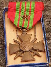 ancien Médailles militaire 1939 croix de guerre et étoile
