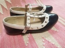 Little Girl Shoes Size 11, good used condition, Children's PLACE
